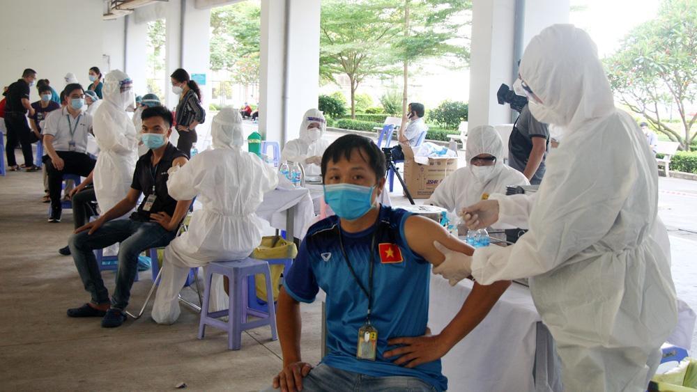 26,2% dân số tỉnh Bắc Giang đã được tiêm vắc-xin phòng Covid-19