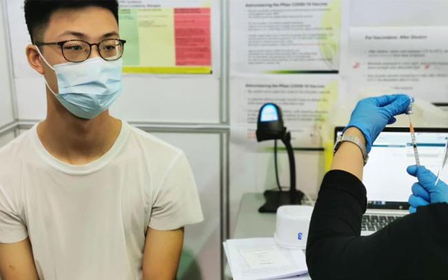 Tại sao sốt sau tiêm vaccine phòng COVID-19?