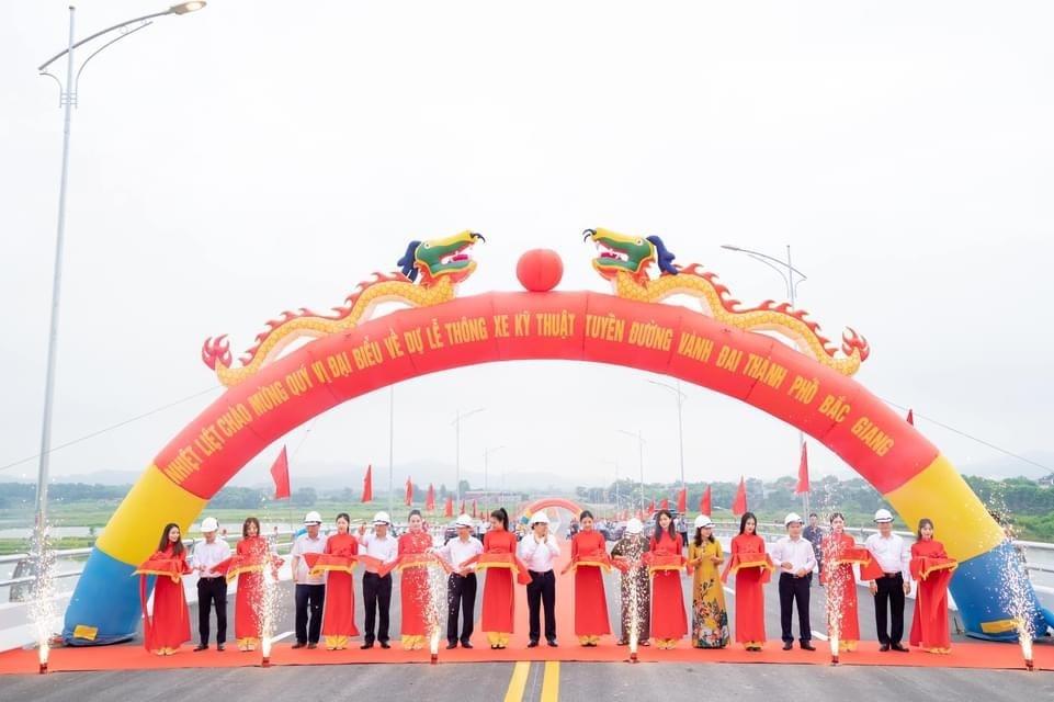 Thành phố Bắc Giang thông xe kỹ thuật đường vành đai chào mừng Đại hội Đảng bộ tỉnh lần thứ XIX