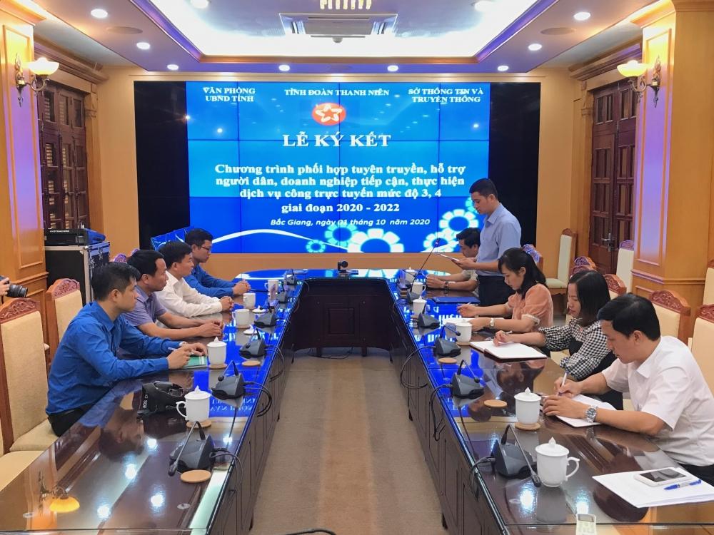 Phát huy vai trò của tổ chức Đoàn hỗ trợ người dân sử dụng dịch vụ công trực tuyến tại Bắc Giang
