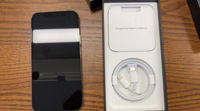 Hình ảnh iPhone 12 sắp về Việt Nam