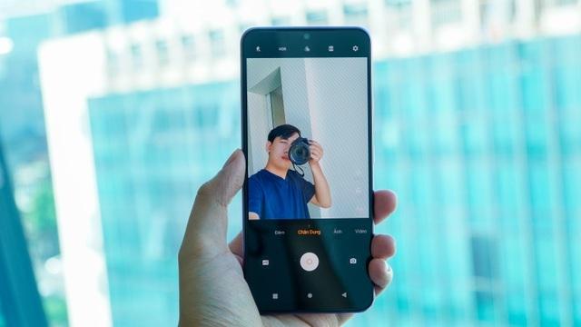 Đánh giá Vivo V20: Hiệu năng tốt, màn hình đẹp, đáng tiếc ở thiết kế