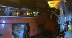 Khởi tố tài xế xe khách vượt ẩu khiến 2 người chết, 35 người bị thương