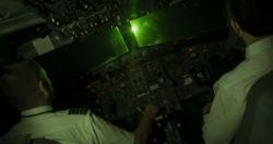 Phi công liên tục bị chiếu laser tại Nội Bài, Tân Sơn Nhất
