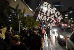 Xuất hiện biểu tình trong ngày bầu cử Mỹ