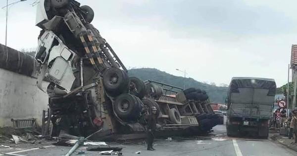 Xe bồn ôm cua lên cao tốc, cán chết người đi xe máy ở Sài Gòn