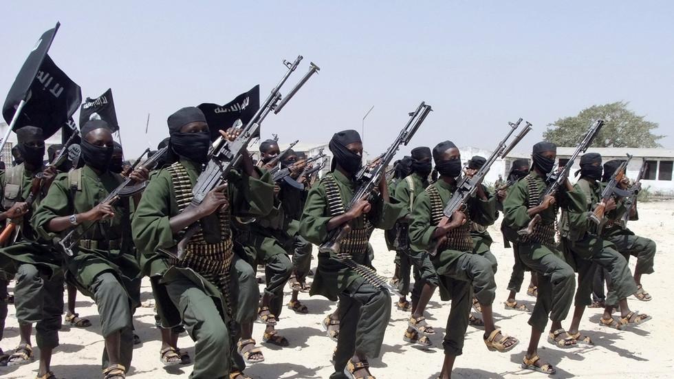 Các phần tử Hồi giáo thân với IS chặt đầu hơn 50 người ở Mozambique