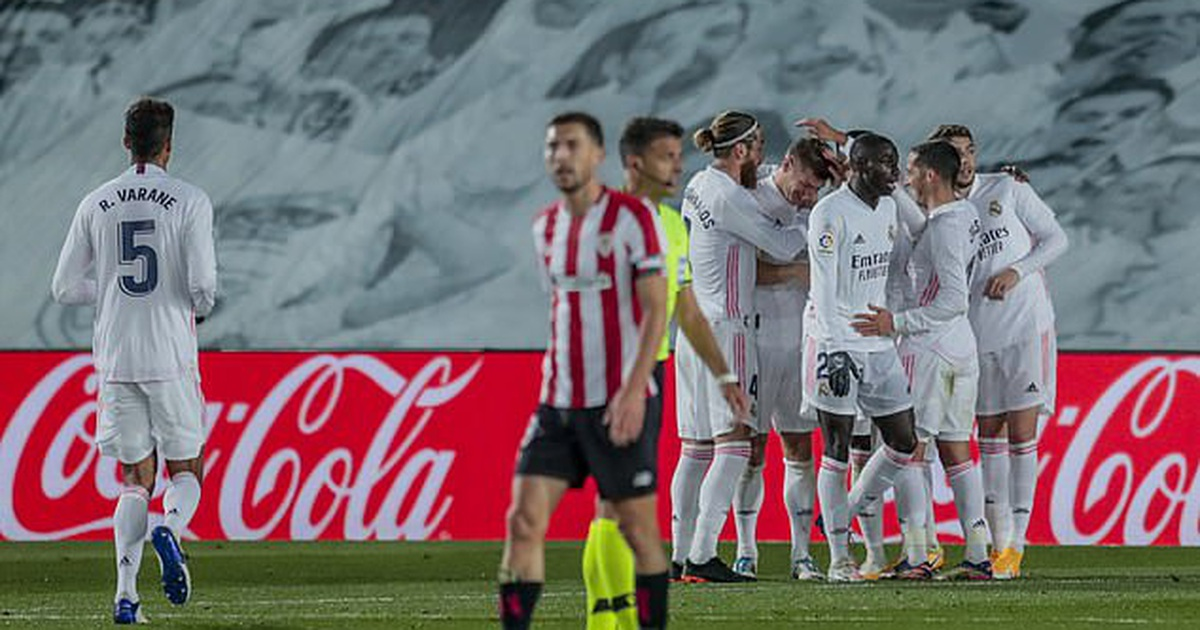 Real Madrid 3-1 Bilbao: Kroos, Benzema tỏa sáng