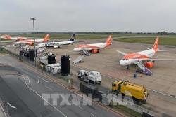 Hàng không châu Âu đối mặt với gián đoạn lớn do việc cấm các chuyến bay từ Anh