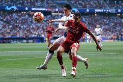 Ban tổ chức giải ngoại hạng Anh khẳng định không tạm dừng giải đấu