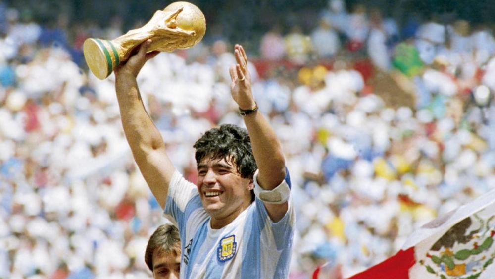 Cậu bé vàng Maradona đem vinh quang về cho đội tuyển Argentina