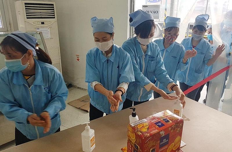 Thái Nguyên tạm dừng một số hoạt động kinh doanh dịch vụ để phòng, chống dịch Covid - 19