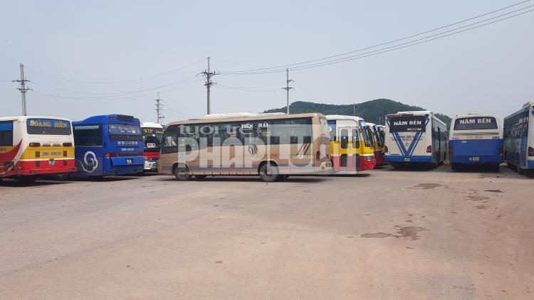 """Tỉnh Bắc Giang kiên quyết """"khóa bánh"""" xe đưa đón công nhân tại các KCN không đủ điều kiện hoạt động"""