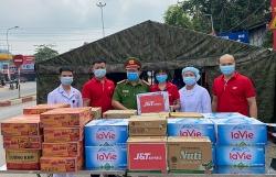 Thái Nguyên: Thăm, tặng quà động viên các chốt kiểm dịch Covid - 19