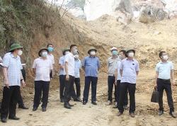 Thái Nguyên: Sạt lở khoảng 2000m3 đất, đá tại mỏ đá Lân Đăm 2