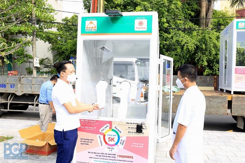 Tập đoàn FLC trao tặng Bắc Giang 3 hệ thống máy xét nghiệm PCR