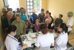 Gần 400 người dân Thái Nguyên được khám và tư vấn sức khoẻ miễn phí
