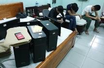 Bắt 28 đối tượng Trung Quốc lập sàn chứng khoán giả