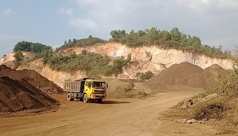 Thái Nguyên: Kiên quyết không bao che sai phạm về đất đai và khai thác khoáng sản