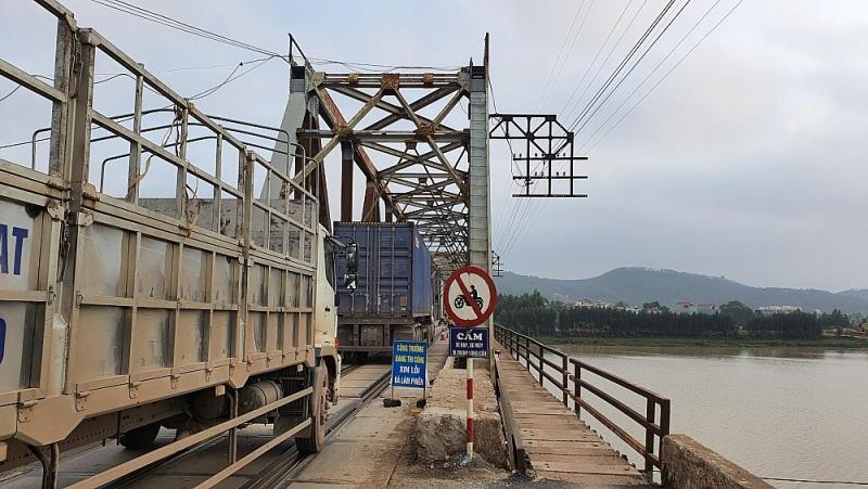 Xem xét mở rộng cầu Xương Giang, Như Nguyệt và xây dựng cầu Cẩm Lý tại Bắc Giang