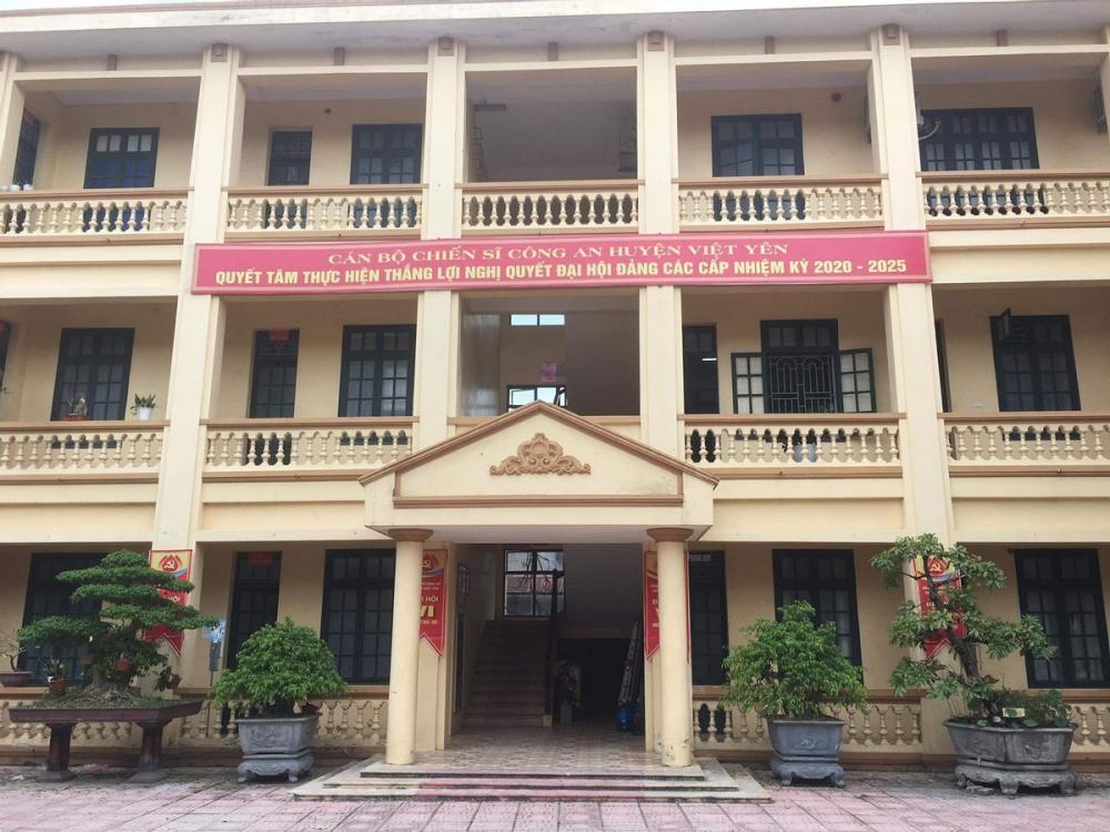 Tạm đình chỉ 3 CSGT đánh người vi phạm giao thông ở Bắc Giang