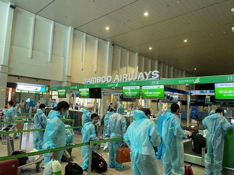 Thanh Hóa đón gần 200 công dân có hoàn cảnh khó khăn từ TP Hồ Chí Minh trở về