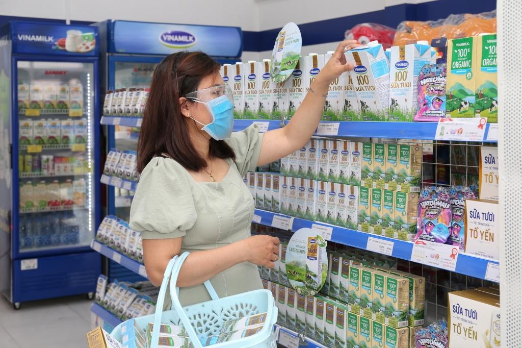 Chương trình tặng quà trợ giá cho người tiêu dùng được áp dụng trên các sản phẩm sữa dinh dưỡng thiết yếu của Vinamilk