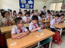 Bộ Y tế khẳng định việc đưa 14 vi chất vào sữa học đường phù hợp với nhu cầu dinh dưỡng của trẻ