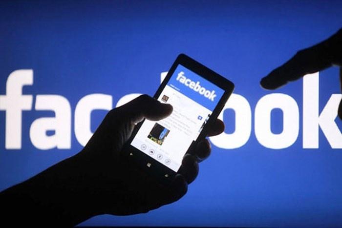 facebook va google sap phai tra tien ban quyen