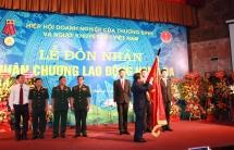 hiep hoi vaide don nhan huan chuong cao quy cua chu tich nuoc