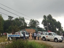 Thừa Thiên - Huế: Ô tô ben kéo lê xe máy, 2 người tử vong