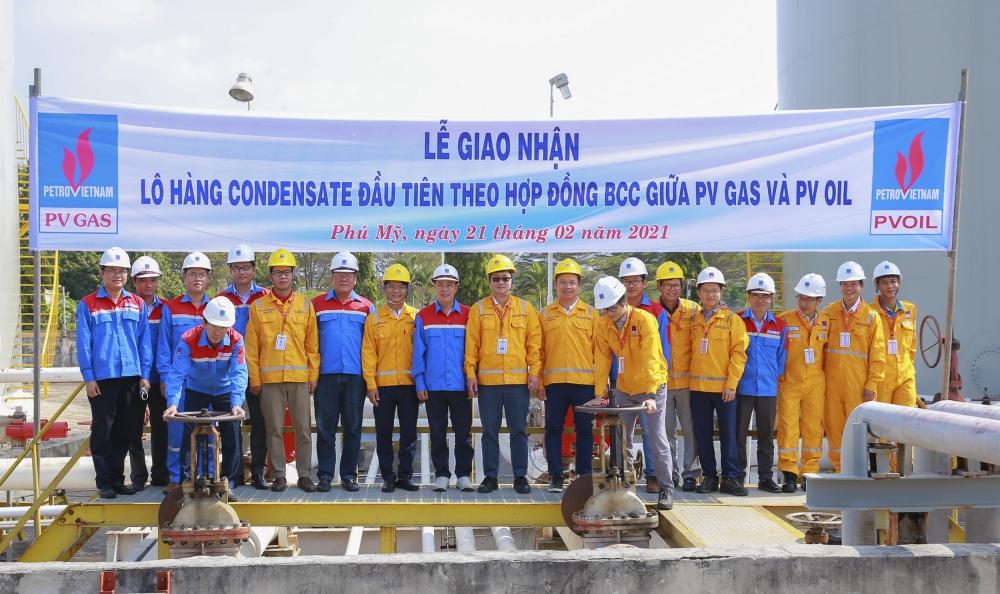 Lễ giao nhận lô Condensate đầu tiên theo hợp đồng BCC giữa PV GAS và PVOIL
