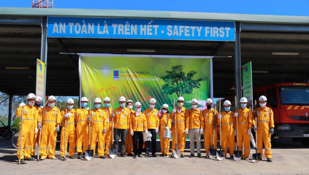 Lễ ra quân trồng cây tại Trung tâm Phân phối khí Nhơn Trạch (GDC Nhơn Trạch), xã Phước Khánh, Nhơn Trạch, Đồng Nai