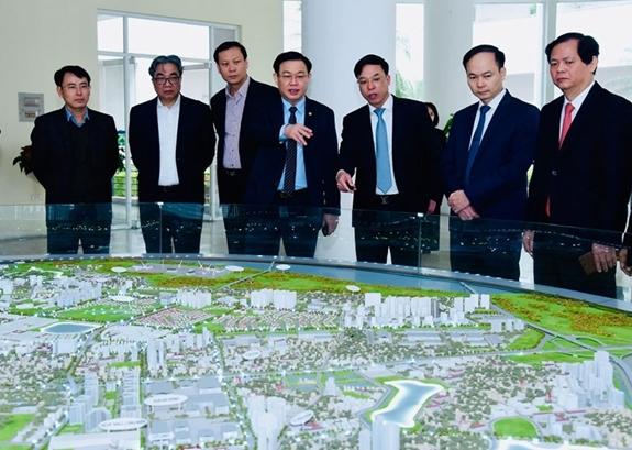 Quan điểm chỉ đạo phát triển đô thị hai bên sông Hồng được tiếp cận theo hướng xây dựng đô thị xanh. Ảnh: hanoimoi.com.vn.