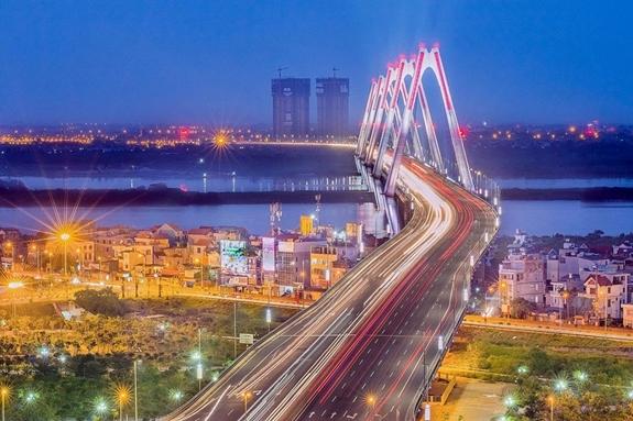 Cầu Nhật Tân. Ảnh: hanoimoi.com.vn.