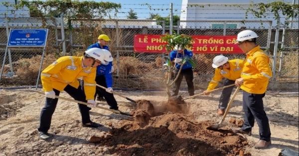 PVGAS D trồng cây xanh tại Nhơn Trạch - tỉnh Đồng Nai