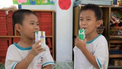 4 năm Sữa học đường đồng hành với học sinh Bến Tre nay đã thu trái ngọt
