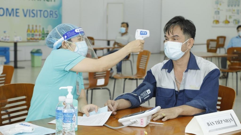Gần 500 người lao động SABECO hoàn thành mũi 1 vắc-xin ngừa Covid-19