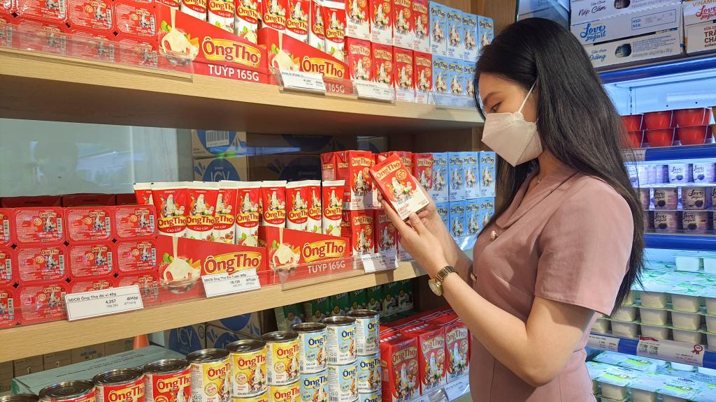 Sữa đặc Ông Thọ với các thiết kế bao bì khác nhau để phục vụ người tiêu dùng
