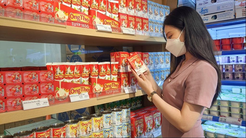 """Hai thương hiệu sữa đặc được chọn mua nhiều nhất 2020 đều cùng """"một nhà"""" Vinamilk"""