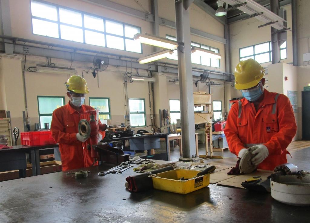 Công tác bảo dưỡng sửa chữa định kỳ tại chỗ vẫn diễn ra theo quy trình và bảo đảm dòng khí thông suốt