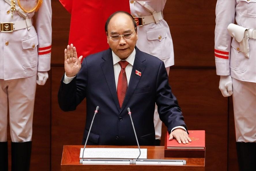 Tân Chủ tịch nước Nguyễn Xuân Phúc tuyên thệ trước Quốc hội