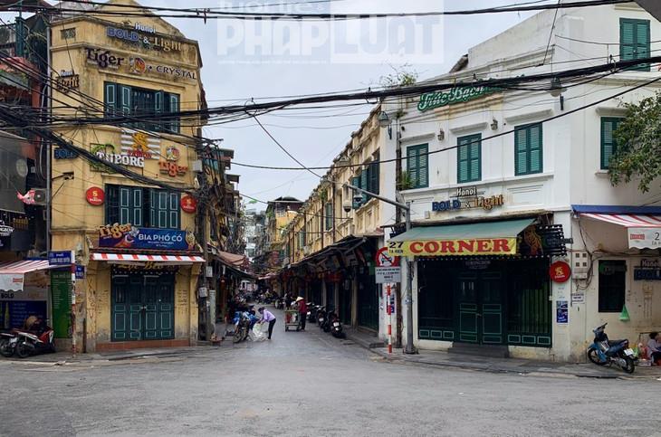 Hà Nội dừng hoạt động nhà hàng ăn uống tại chỗ, cửa hàng cắt tóc, gội đầu