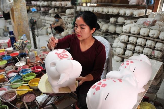 """Bát Tràng """"vươn mình"""", khẳng định thương hiệu gốm đệ nhất Hà thành"""