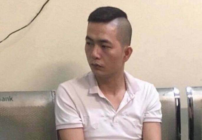 Kiểm tra taxi, CSGT Hà Nội phát hiện ketamin trong bao thuốc lá