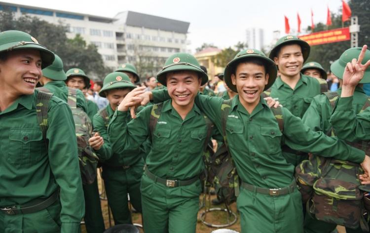 926 thanh niên Hà Nội viết đơn tình nguyện nhập ngũ năm 2020