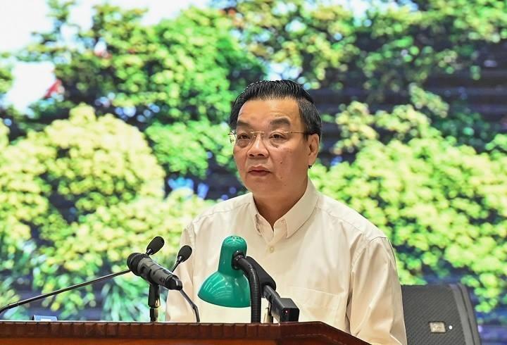 Chủ tịch UBND TP Hà Nội Chu Ngọc Anh trình bày báo cáo tại buổi làm việc