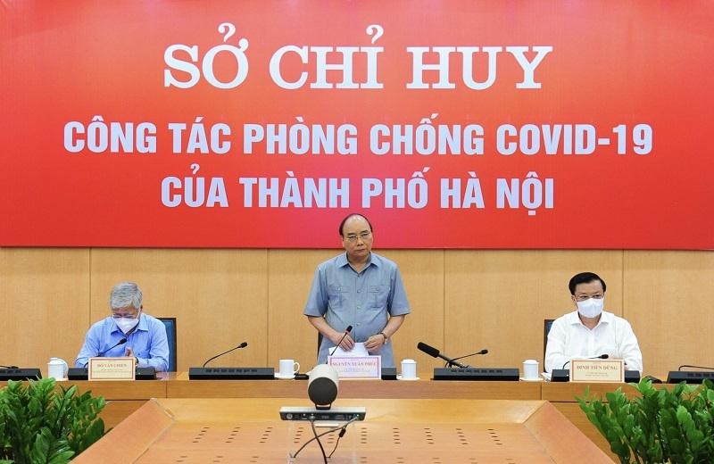 Chủ tịch nước Nguyễn Xuân Phúc phát biểu tại buổi làm việc tại Sở Chỉ huy phòng, chống dịch Covid-19 thành phố Hà Nội.