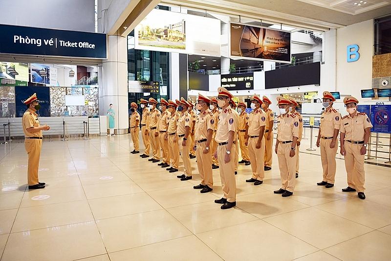 Cục Cảnh sát giao thông, Bộ Công an xuất quân lên đường chống dịch.