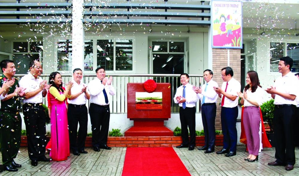 """Quận Hoàng Mai: Thực hiện thắng lợi """"mục tiêu kép"""" phấn đấu thành động lực phát triển phía Nam Thủ đô"""